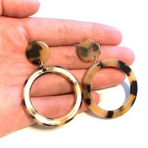 Jewelry - Tortoise Shell Hoop Acrylic Earrings